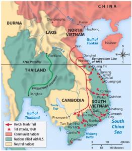 Kaart Vietnam met Ho Chi Minh route, aangevallen steden tijdens Tet-offensief en verschillende partijen betrokken bij het conflict