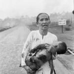 Slachtoffer van een napalm-bombardement