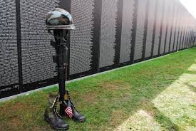 Vietnam War Veterans Memorial (7)